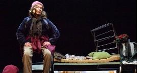Hajléktalansors a színpadon