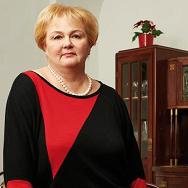 Dr. Hermann-né Nagy Veronika