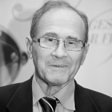 Dr. Szendrő Péter